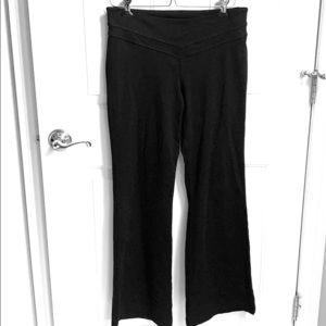 Victoria's Secret vsx sport flare leggings size m